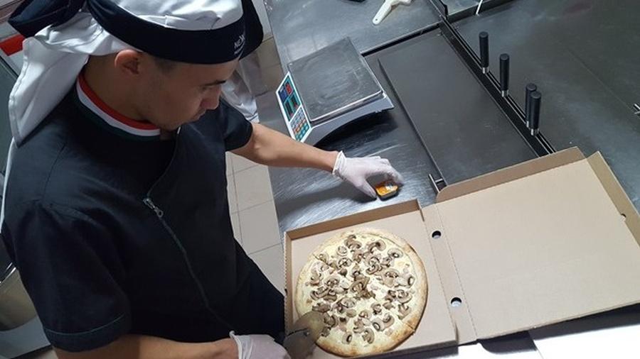 В Астане открыта первая франшиза пиццерии с оплатой биткоинами