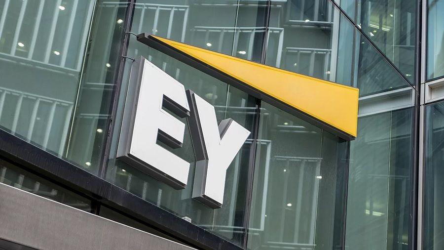 EY инвестирует $100 млн в инструменты анализа блокчейна и DeFi