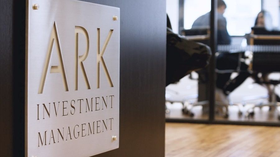 Ark Invest купила биткоин еще на $12 млн во время снижения курса