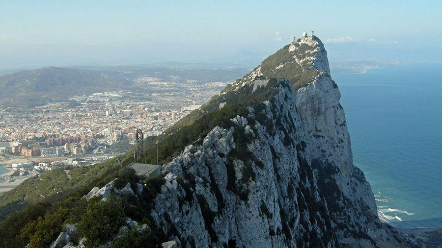 gibraltarskaya_fondovaya_birzha_vklyuchila_v_listing_the_bitcoin_fund_ot_3iq.jpg