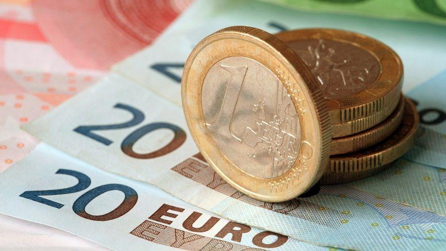 120_zhiteley_germanii_budut_poluchat_1_200_evro_ot_gosudarstva_v_techenie_trekh_let.jpg