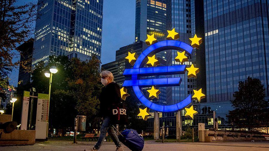 eksperty_evropeyskikh_tsb_tsifrovoy_evro_budet_vypushchen_cherez_4_5_let.jpg