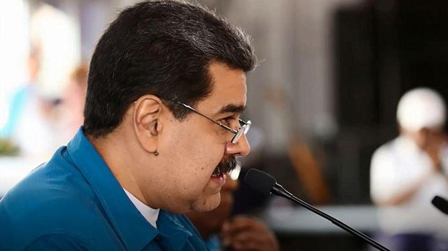 Мадуро подписал указ о продаже 4.5 млн баррелей нефти из резервов PDVSA за петро