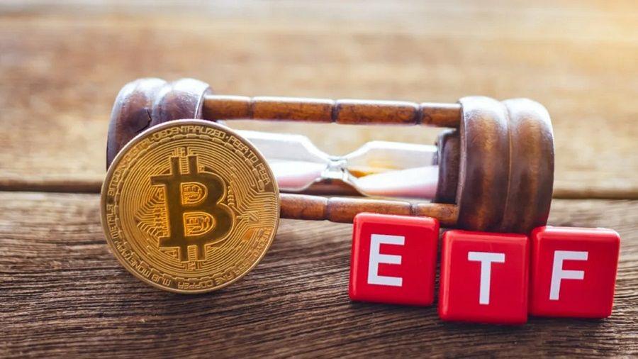 SEC отложила принятие решений по четырем заявкам на ETF на биткоин
