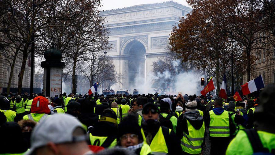 «Желтые жилеты» во Франции призывают вывести деньги из банков по аналогии с планом Proof of Keys