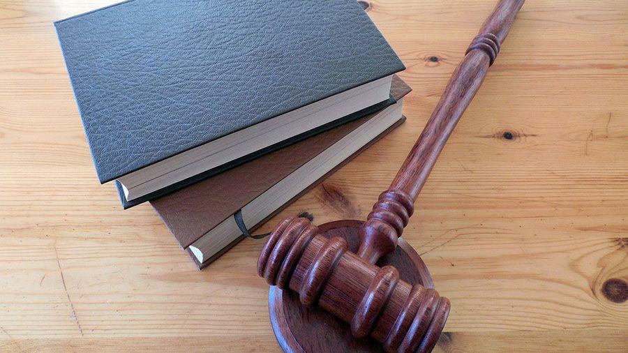 Инвестор из Канады подал в суд на стартап Stox и его основателя