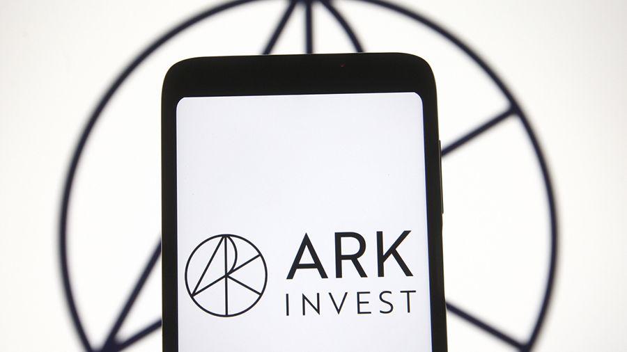 ARK Invest и 21Shares подали в SEC заявку на запуск ETF на биткоин