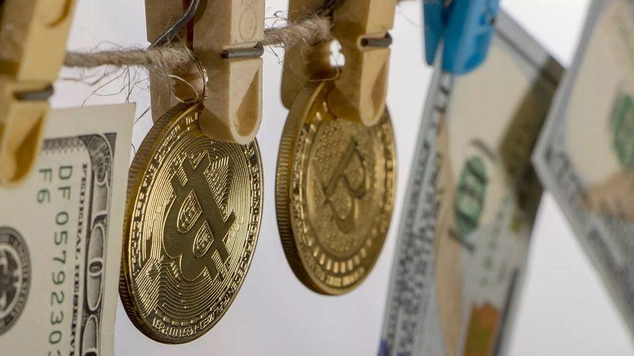 Исследование: для отмывания денег банки используются чаще, чем криптовалюты