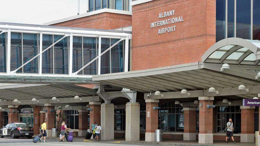 Аэропорт в США тестирует приложение на блокчейне для отслеживания чистоты в здании