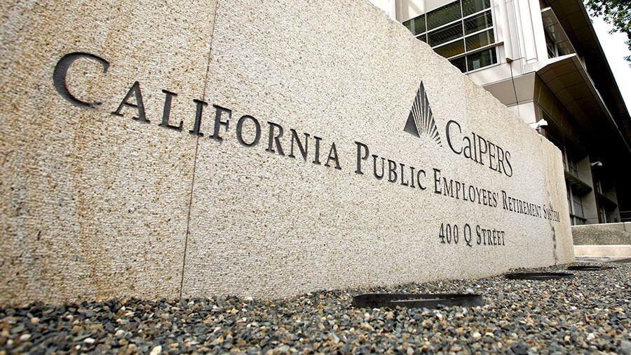 Пенсионный фонд Калифорнии купил более 96 000 акций Riot Blockchain