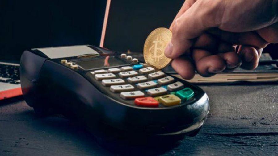 Традиционные платежные компании уделяют криптовалютам все больше внимания