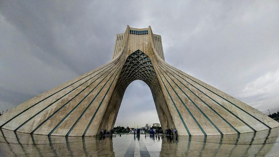 Иран выдал лицензии на майнинг криптовалют тридцати компаниям