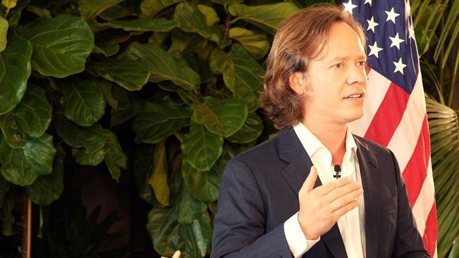 Брок Пирс подвергся критике за визит в Сальвадор в качестве «официального посла» Биткоина