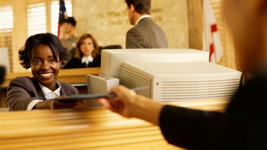 Судебные клерки Франции будут использовать блокчейн IBM для корпоративного реестра